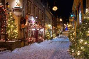 petit-champlain-quebec-city-christmas